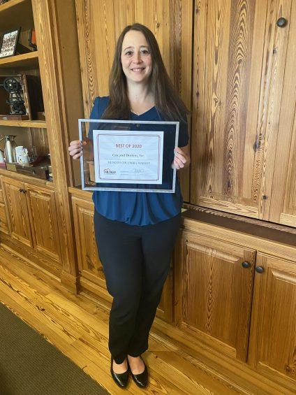 Renee Powers received Mungo Award
